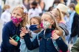 Kiedy uczniowie wrócą do szkół? Cztery scenariusze wskazał minister Przemysław Czarnek. Zmiany od 1 marca