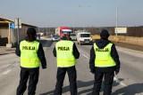 Podwyżki pensji w policji i straży pożarnej. Więcej dostaną funkcjonariusze służb podległych MSWiA. Podwyżki dla policjantów [04.03.2020]