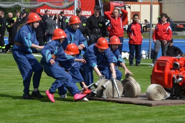 Na stadionie w Szubinie do rywalizacji stanęło 13 drużyn OSP