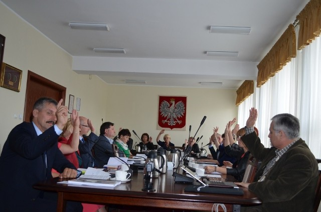 Radni podnieśli ręce za absolutorium  dla zarządu.