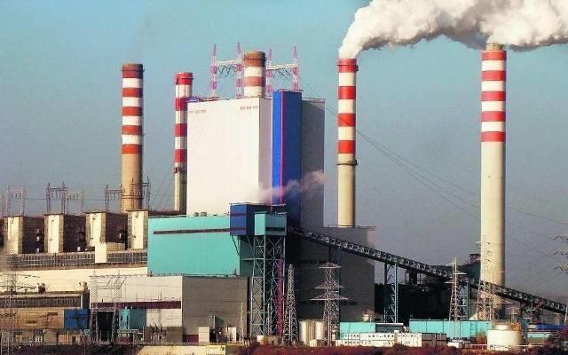 Urząd marszałkowski wyjaśnia, dlaczego zgodził się na odstępstwa od normy przez elektrownię w Koninie
