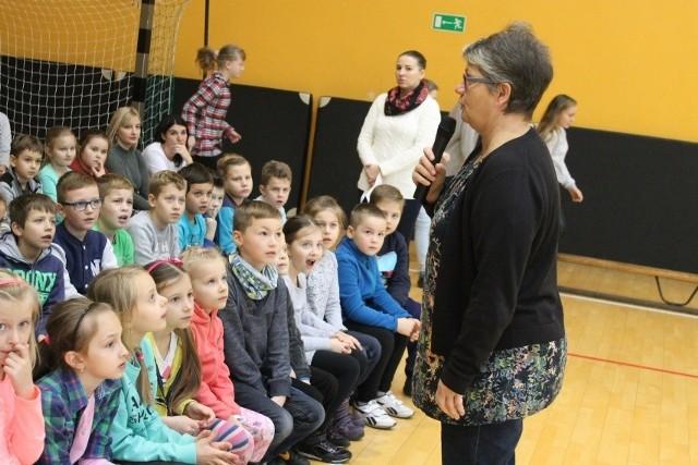 Dorota Zawadzka spotkała się z uczniami i rodzicami.