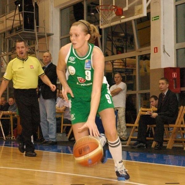 Eliza Gołumbiewska rozegrała kolejny bardzo dobry mecz w barwach Cukierków.