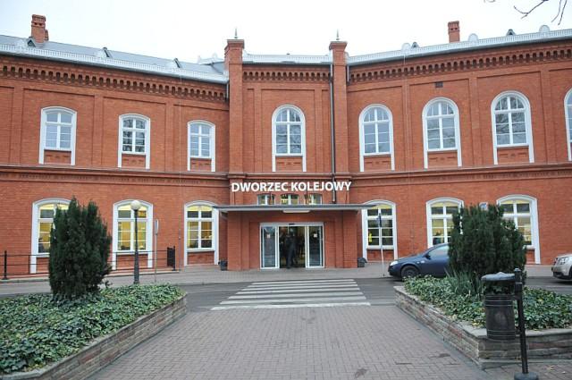 Dworzec kolejowy w Kostrzynie otwarto w zeszłym tygodniu po gruntownym remoncie.