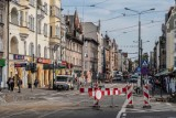 Poznań: Kolejne utrudnienia w ruchu i zakazy parkowania. Wszystko m.in. przez filmy. Sprawdź co w tym tygodniu zastaniesz na drogach