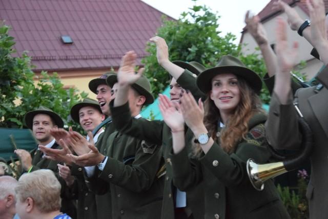 XXIII Ogólnopolski festiwal Muzyki Myśliwskiej w Pszczynie. Zespół młodych sygnalistów z Goraja