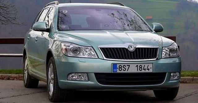 Skoda octavia to najchętniej kupowane auto w polskich salonach. Pozycję lidera auto czeskiego koncernu zawdzięcza między innymi wprowadzeniu nowej generacji tego modelu.  Fot. Robert Felczak
