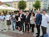 W Kruszynianach nie powinno być kurzych ferm, a park krajobrazowy. Każdy może podpisać petycję w tej sprawie [zdjęcia]