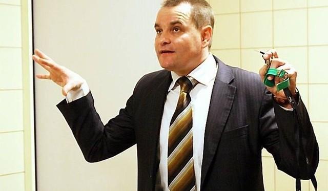 Członek zarządu powiatu Mariusz Paluch chce zorganizować spotkanie z wędkarzami i wszystkimi zainteresowanymi stronami