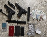32-latek zatrzymany za posiadanie narkotyków. Policjanci zabezpieczyli też nóż i pałkę teleskopową