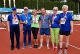 Grad medali sportowców weteranów z Powiatu Skarżyskiego. Mamy też nowy rekord Polski