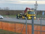 Wypadek na A1 w Lisewie. Terenówka uderzyła w lawetę [zdjęcia]