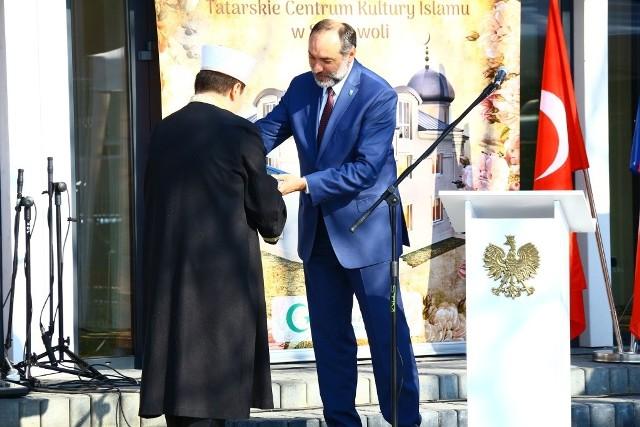 Centrum  Kultury Islamu zostało otwarte w sobotę. Na zdjęciu: burmistrz Suchowoli Michał Matyskiel i mufti Tomasz Miśkiewicz