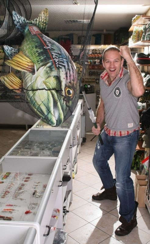 - Potrzebuję małej odskoczni od codzienności, od piłki ręcznej, a łowiąc ryby świetnie się relaksuję - mówi Mariusz Jurasik.