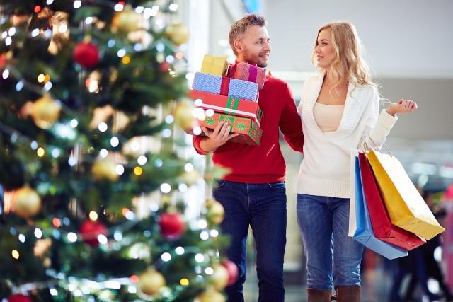 Boże Narodzenie 2017 przeciętnej polskiej rodziny kosztować będzie 882 zł, w zeszłym roku planowaliśmy wydać 1121 zł
