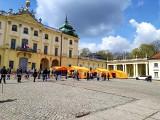 Zaszczep się w Majówkę. Podsumowanie akcji szczepień na koronawirusa przed Pałacem Branickich w Białymstoku