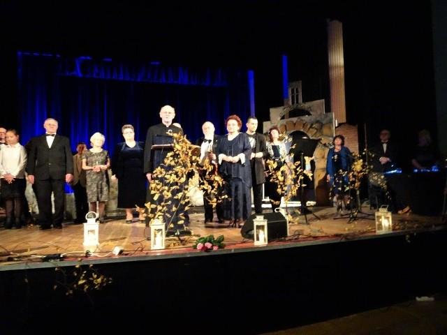 "Fragment koncertu ""Non Omnis Moriar"" radomskiego Teatru Proscenium."
