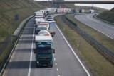 Ogromne korki do granicy z Czechami. Czesi rejestrują każdą osobę wjeżdżającą do kraju