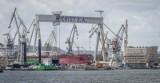 Wypadek w stoczni Crist w Gdyni. 7.04.2021 r. Nie żyje jedna osoba, dwie trafiły do szpitala. Trwa wyjaśnianie okoliczności zdarzenia