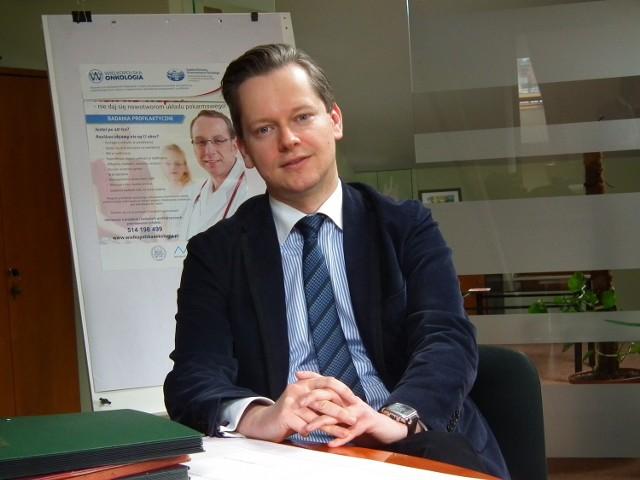 Dr Rafał Staszewski, zastępca dyrektora Szpitala Przemienienia Pańskiego, przyznaje, że projekt to szansa dla mniejszych miast. O pieniądze walczyło 300 ośródków. Jednym z kilkunastu wybranych jest  poznański szpital!