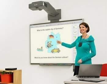 Tak mogą wyglądać lekcje w 111 opolskich szkołach we wrześniu 2011 r. fot. smart technologies