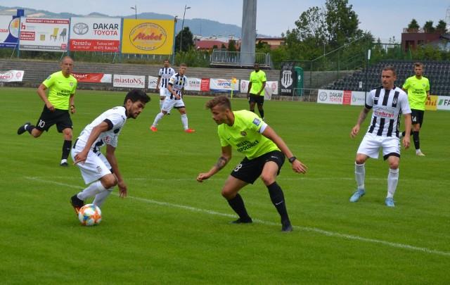 W meczu z Puszczą w składzie Sandecji pojawił się testowany brazylijski napastnik. Pokazał kilka ciekawych zagrań