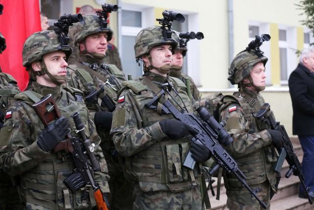Obrona terytorialna: Nowe przywileje dla żołnierzy ministra Macierewicza