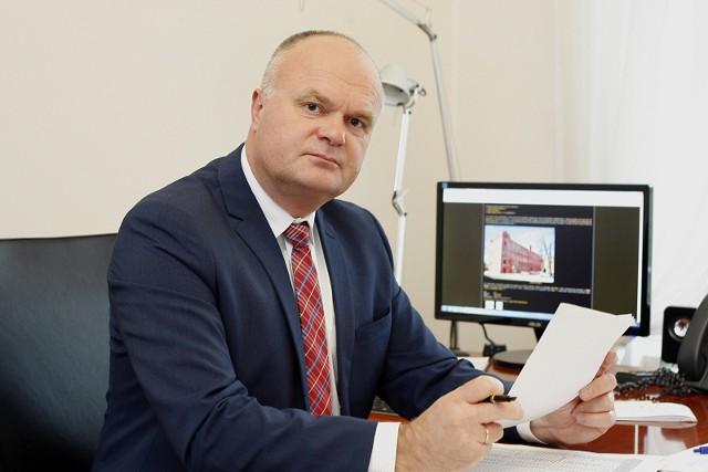 Artur Olsiński, dyrektor NFZ w Łodzi.
