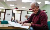 Nowy Ład i emerytury bez podatku. Oto dokładne wyliczenia stawek netto i brutto