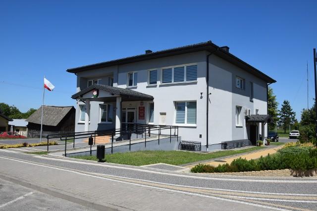 Urząd Gminy w Borkowicach pracuje w trybie zdalnym, tam zachorował jeden z pracowników wydziału podatków.