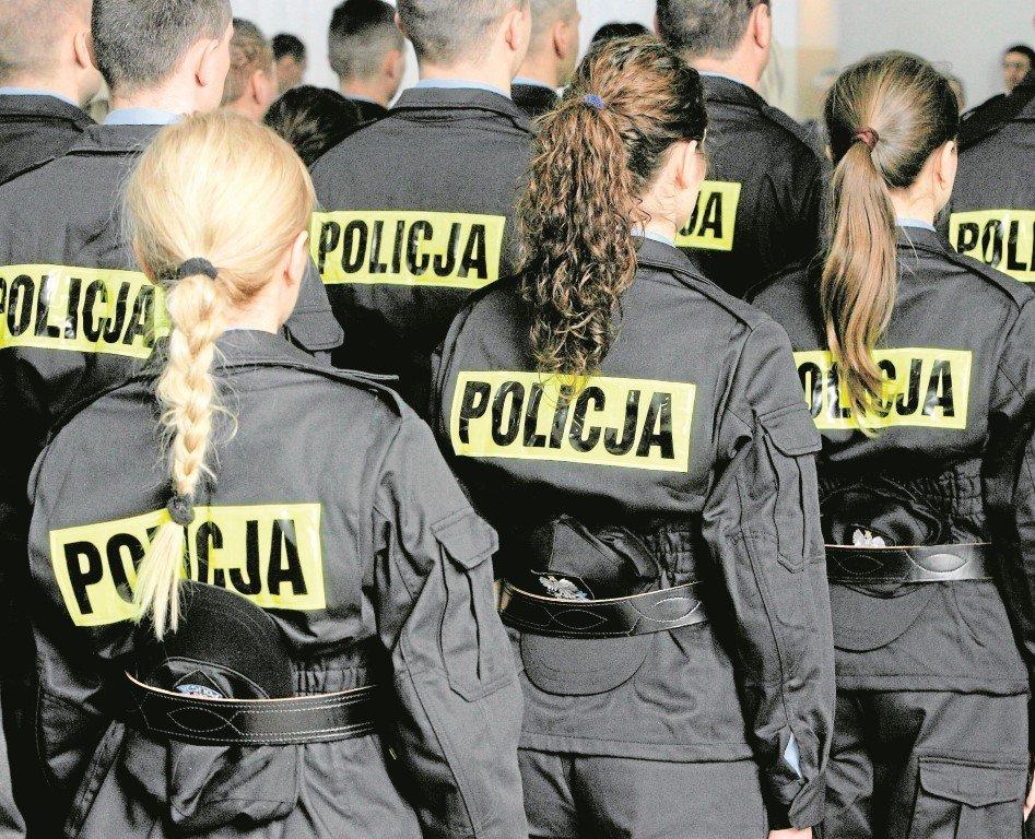 cd14ff722be2e9 By dostać pracę w policji, trzeba przejść przez żmudne i wyczerpujące testy  z wiedzy i