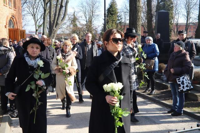 Na pogrzebie była także prowadząca program Marta Manowska.