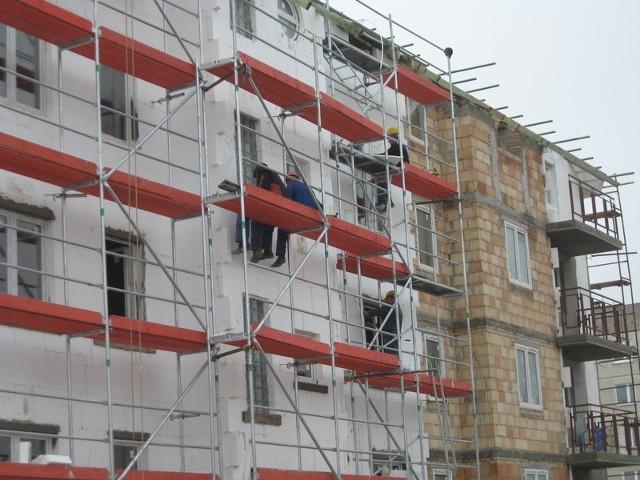 Miasto rozwija się w kierunku Górnego Tarasu. Tam buduje się najwięcej mieszkań. Wiosną oddanych zostanie kolejnych 45 mieszkań w budynku należącym do towarzystwa budownictwa społecznego.