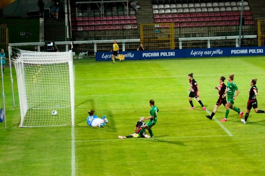 Wyrównany bój o Puchar Polski kobiet, Łęczna ograła Sosnowiec