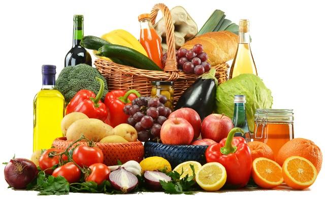Nie wszystkie popularne owoce i warzywa, z którymi mamy do czynienia na co dzień, są tak zdrowe jak mogłoby się wydawać. Dlaczego? Ponieważ są skażone pestycydami!