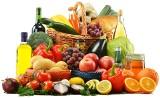 Pestycydy – nowy ranking najbardziej zatrutych warzyw i owoców. Czego unikać i co wybierać, żeby jeść zdrowiej?