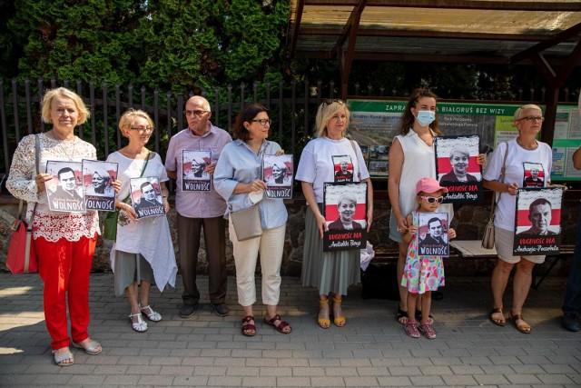 W Białymstoku odbyła się pikieta w geście solidarności z Polakami przebywającymi w białoruskim areszcie