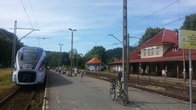 W środę 24 października nie dojedziemy pociągiem z Katowic do Wisły Głębiec