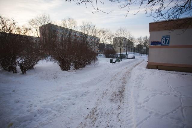 Słupsk w zimowej szacie. Część ulic i chodników w Słupsku nie jest odśnieżona