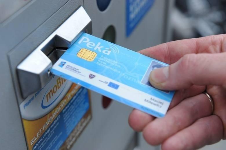 150 osób zapłaci kartą PEKA za jedzenie w barach mlecznych