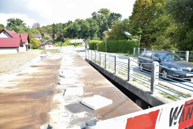 Most na rzece Dłubni w Książniczkach ma być wyremontowany  do końca października