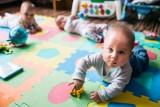 1000 zł rocznie na każde dziecko z wieloraczków. Poznań oferuje rodzicom nowe świadczenie. Do końca maja można składać wnioski