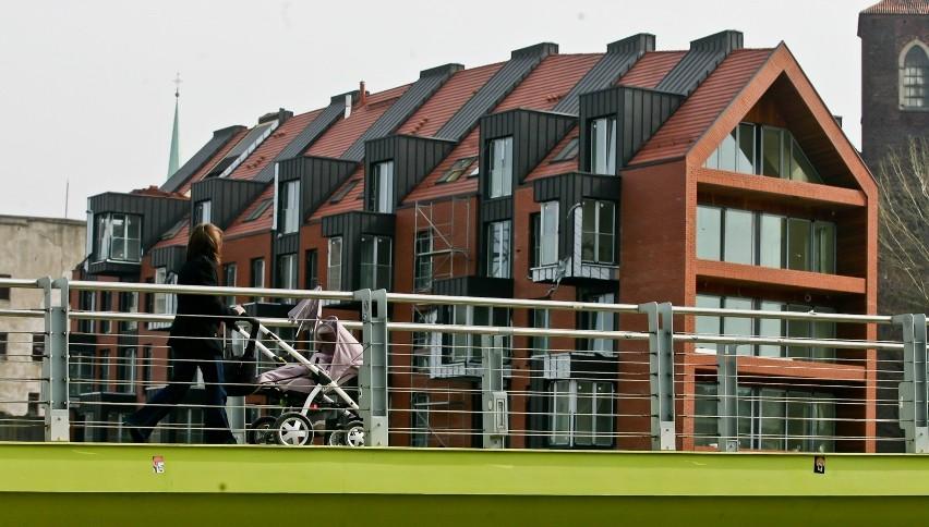 A może zainwestuj w nieruchomość za granicą? Jak taką opcję oceniają Polacy, którzy tak zrobili?