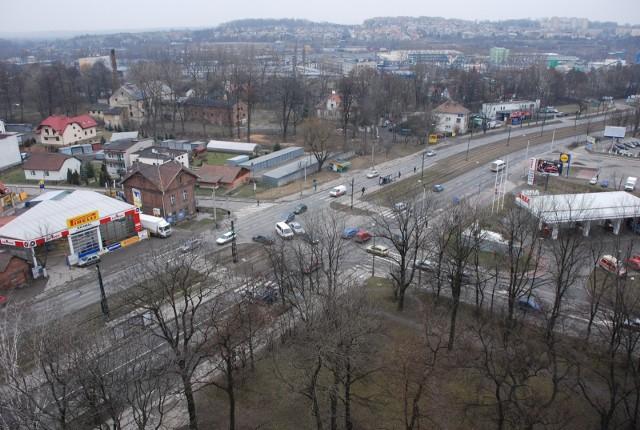Zarząd Inwestycji Miejskich przygotowuje się do przebudowy ul. Kocmyrzowskiej w Krakowie.