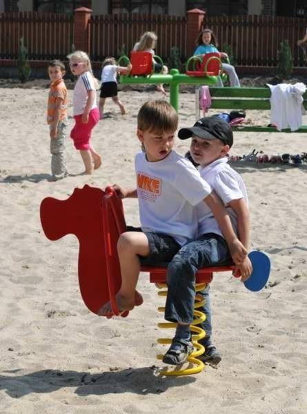 Nowy plac zabaw w przedszkolu w Przylepie.Nowy plac zabaw w przedszkolu w Przylepie.