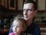 Gmina Żary. Musimy zdążyć, nim choroba zabierze tatę Milence...Mężczyzna ma dopiero 28 lat i walczy z rakiem.