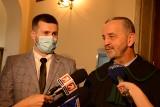 Wyrok sądu w Oświęcimiu w sprawie Sebastiana Kościelnika. Winny ale nie został skazany. Sąd warunkowo umorzył postępowanie karne