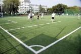Od poniedziałku złagodzenie obostrzeń. Czy w parku, lesie możemy zagrać w piłkę?