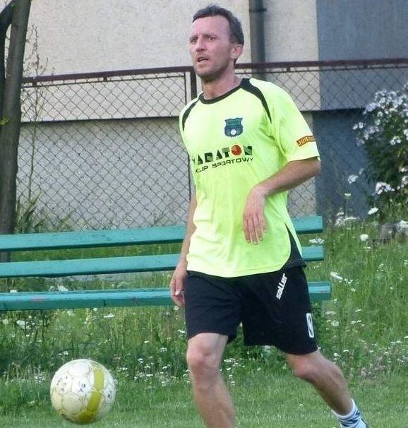 Dariusz Bartnik z powodzeniem piastuje funkcję grającego trenera Bukowej Jastkowice.