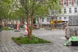Widać pierwsze zmiany na placu Kolegiackim. To miejsce ma stać się wizytówką Poznania. Zobacz zdjęcia